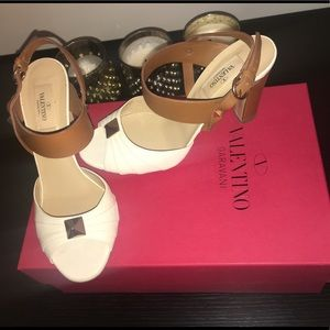 VALENTINO Garavani heeled shoes